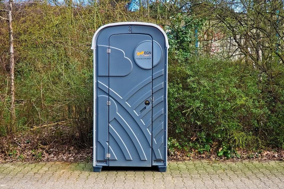 Program do zarządzania obsługą kabin WC