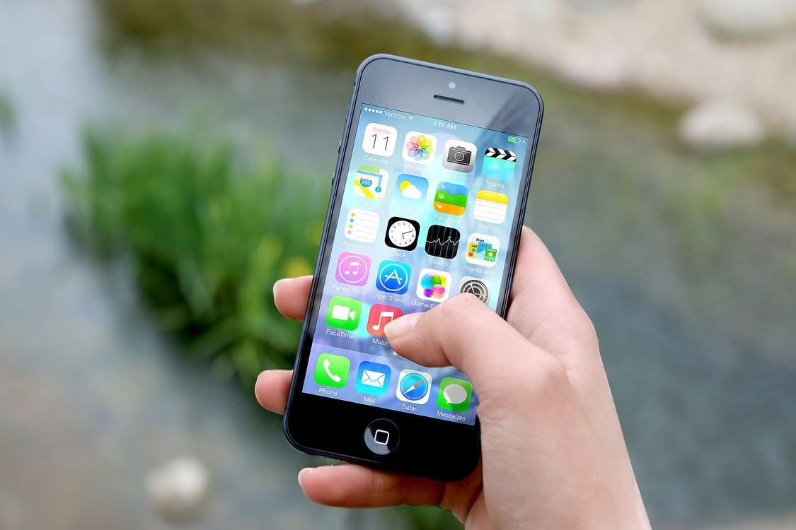 Smartfony ułatwiają życie mieszkańcom Gminy
