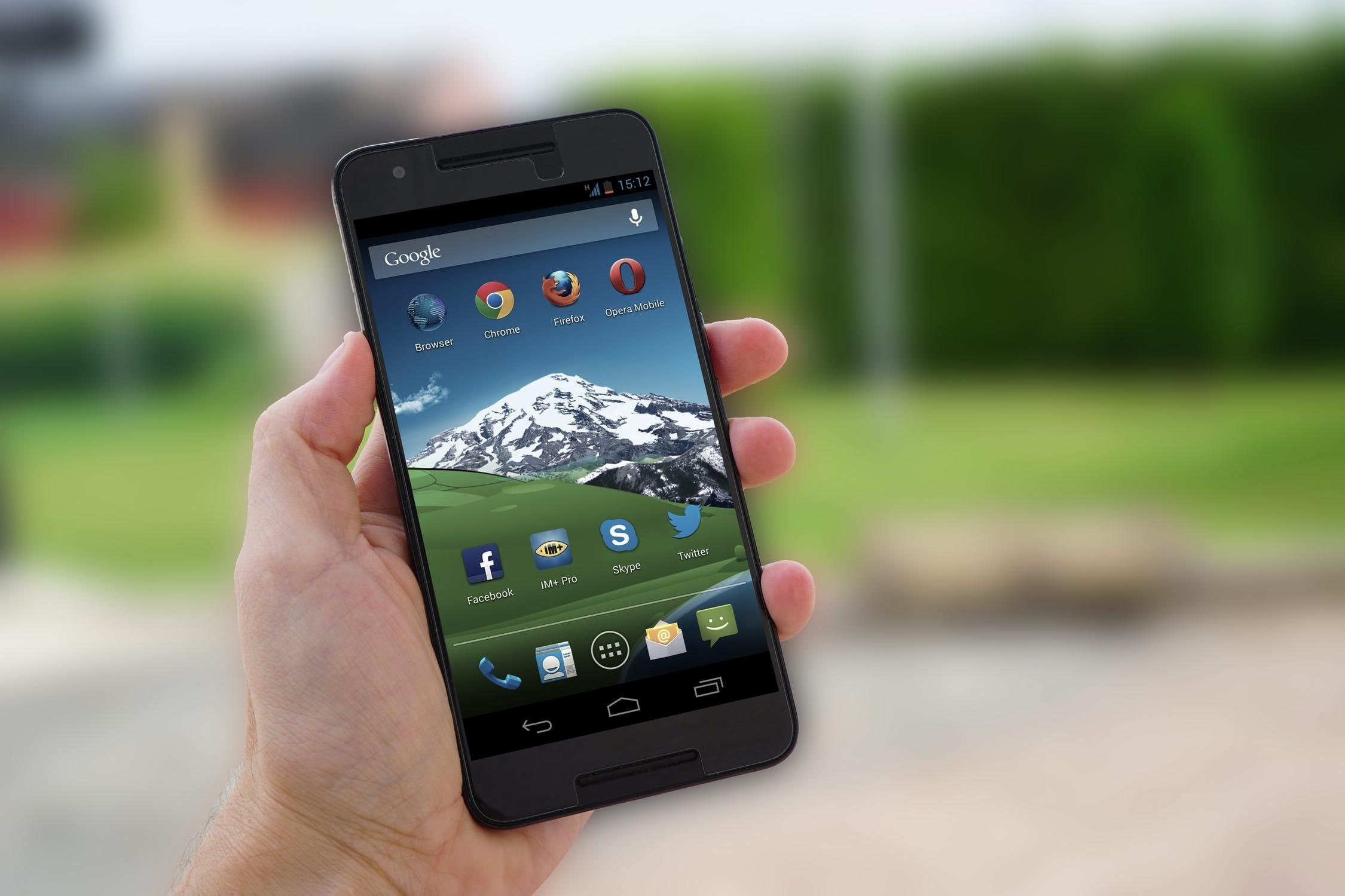 """Możliwości """"Moich Odpadów"""" docenią wszyscy właściciele smartfonów"""