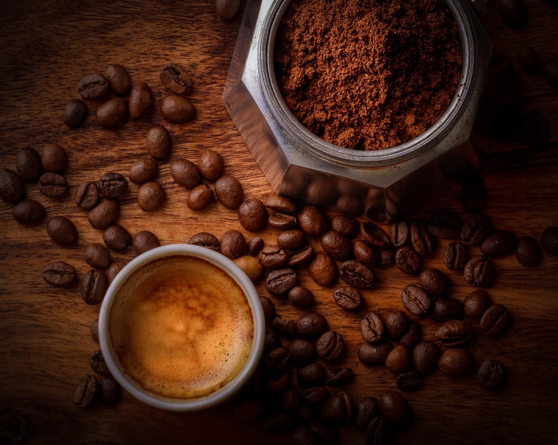 Naszym klientom zapewniamy gorącą kawę